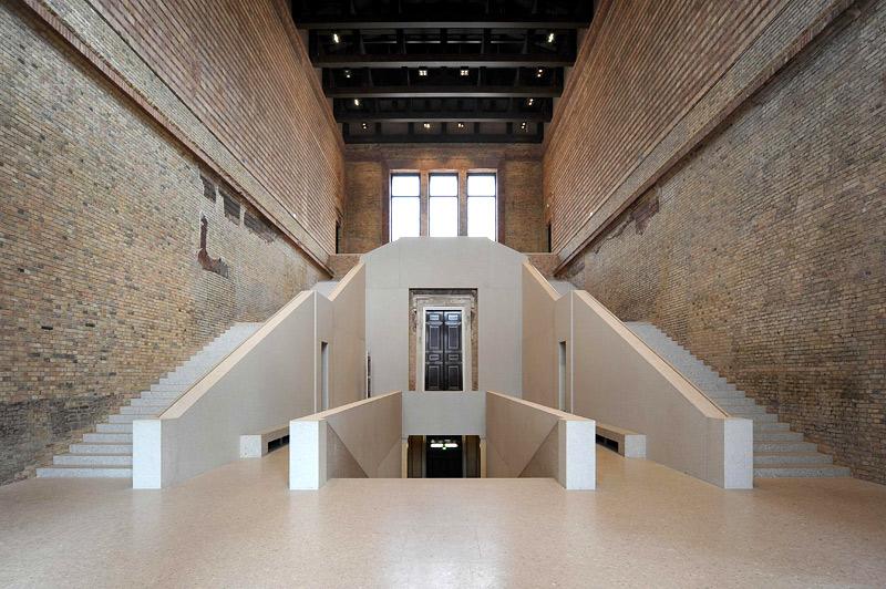 neues_museum_treppenhaus_800