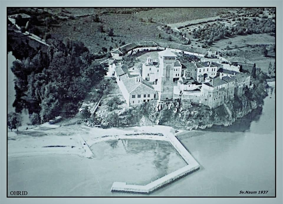 2 Манастирот Св.Наум сликан од авион 1937 год